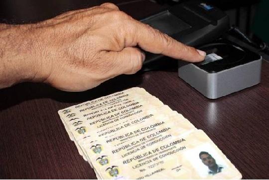 El gobierno estableció pico y placa para renovar las licencias de conducción. EL PILÓN/Archivo.