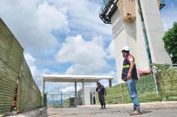 Las obras de remodelación del aeropuerto de Valledupar llevan varios meses de retrasos. EL PILÓN / Archivo.