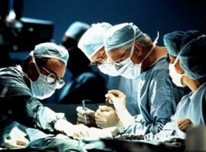Según la Asociación Nacional de Trasplantados, cerca de 3.000 personas en el país necesitan un trasplante de órganos o tejidos y a eso se suma que la negativa familiar que pasó de un 25.10% en 2012 a 36.90% en 2013. EL PILÓN / Referencia.