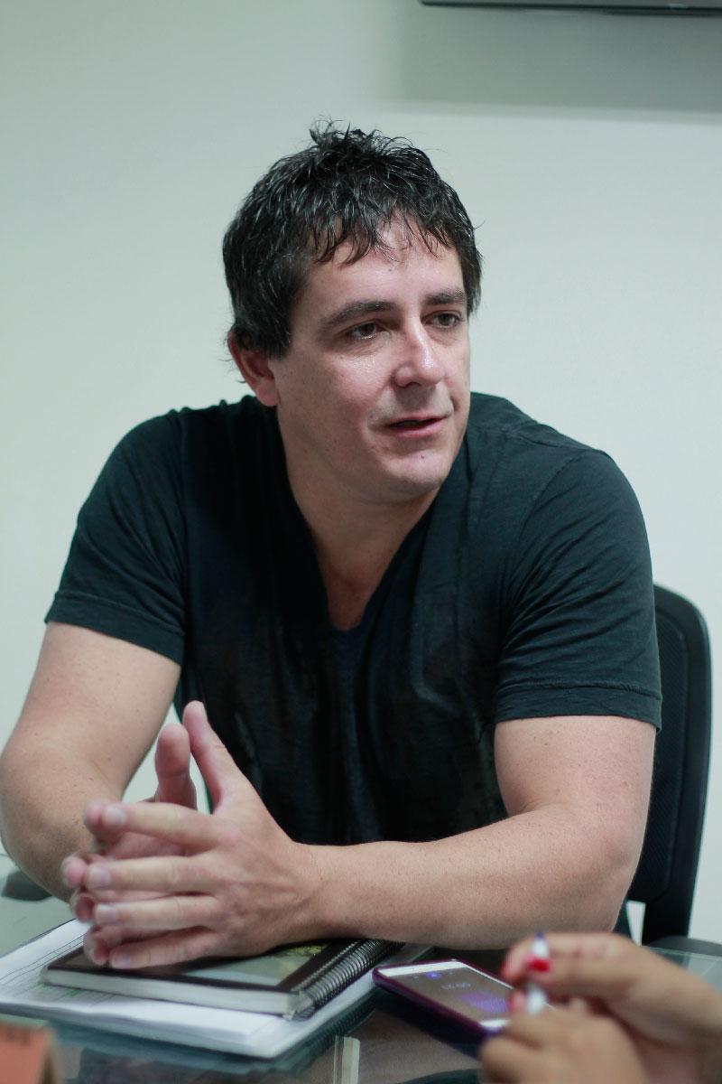 Luciano Merini, docente de la Universidad de la Pampa e investigador Conicet. Foto: Carmen Barcasnegras