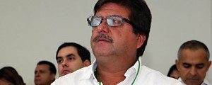 El alcalde de Manaure, Ever Santana, denunció la entrega de lotes, al parecer, de manera irregular. EL PILÓN/Leonardo Alvarado.