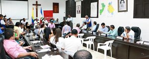 En el debate estuvieron presentes funcionarios del Ministerio de Trabajo, del Head y la Secretaría de Salud Municipal.