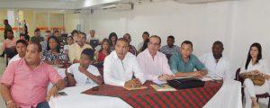El encuentro de alcaldes y demás autoridades de La Guajira se realizó en Riohacha.