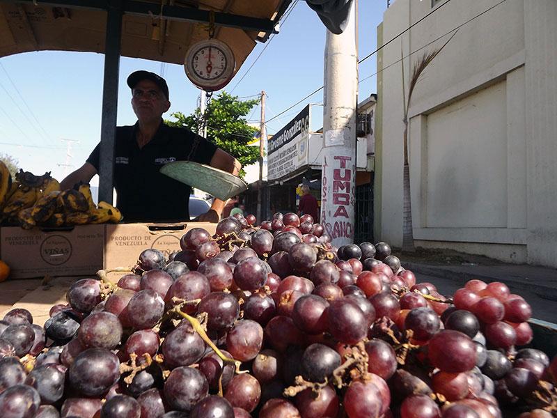 Resultado de imagen para ventas de uvas para el 31 diciembre