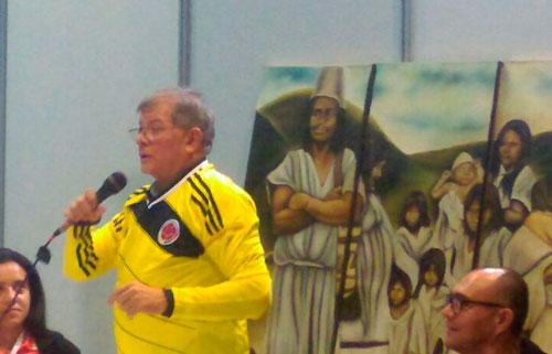 Las FARC invitaron a Higuita a ser candidato