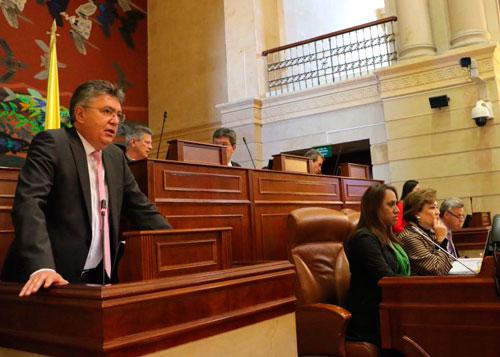 Comisiones económicas del Congreso aprobaron en primer debate presupuesto de 2018