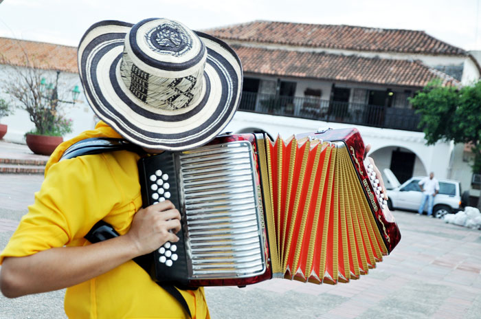 El vallenato hará parte del diccionario de la RAE