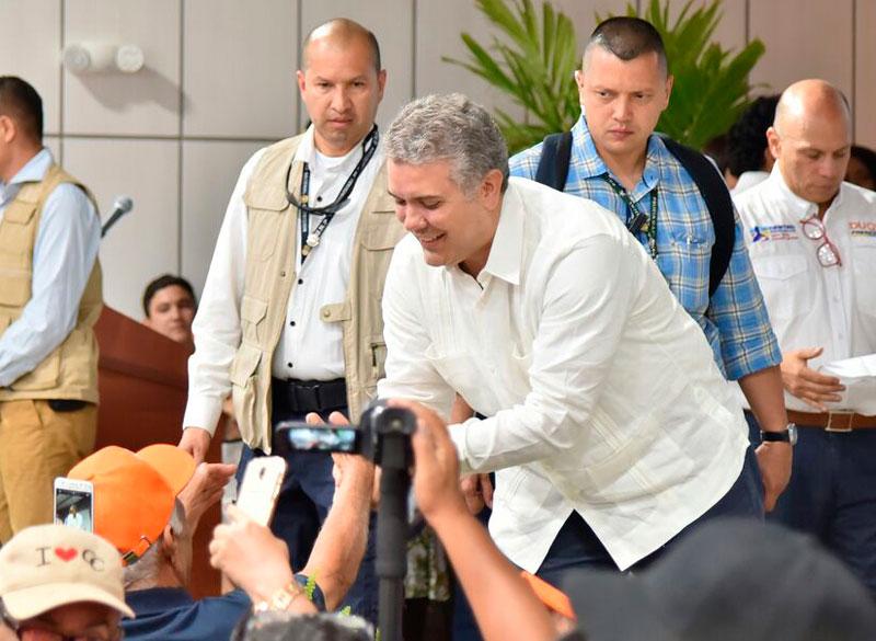 Angelino Garzón ofrece su apoyo a la candidatura de Iván Duque