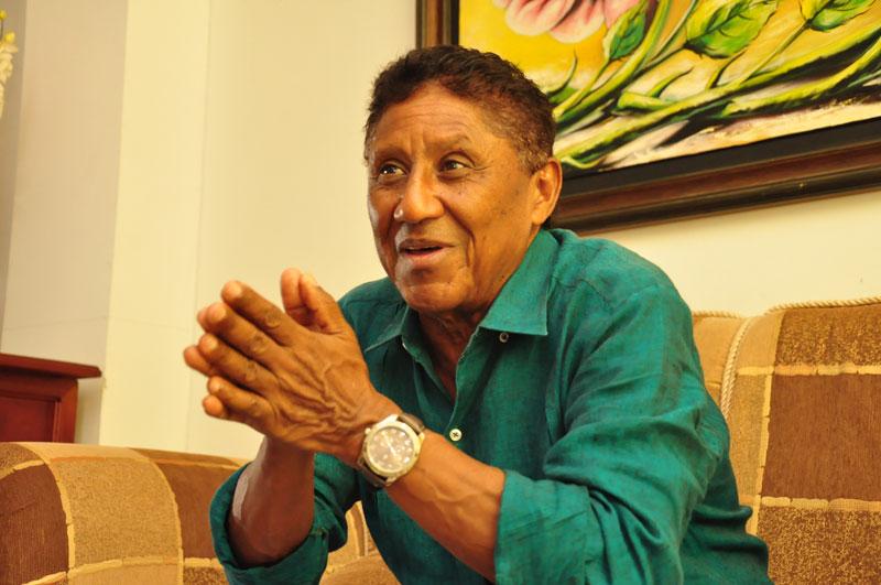 Silvio Brito lo llevó a ser cantante el amor que engendró su padre por la música.
