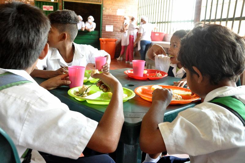 La administración local asegura que garantizará la alimentación escolar hasta finalizar el año lectivo.