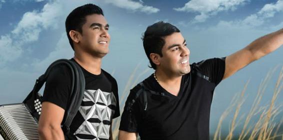 'Churo' Díaz y Elias Mendoza  Foto: Cortesía.