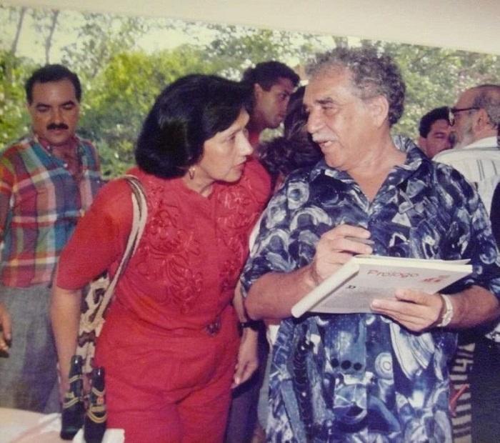 Consuelo Araujonoguera junto al nobel de Literatura, Gabriel García Márquez. Foto: Cortesía.
