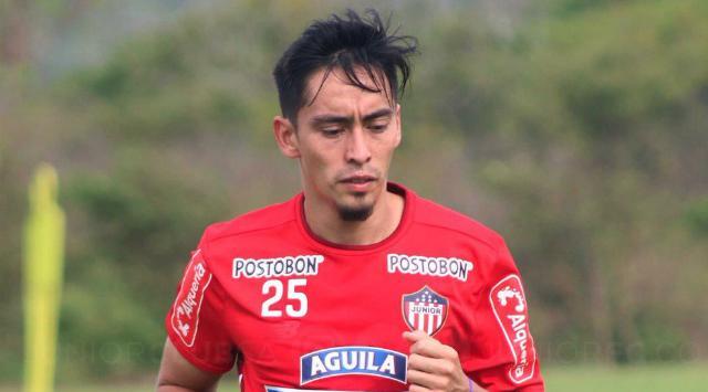 Fabian Sambuesa no sufrió una lesión grave, pero es jugador clave en el esquema de Luis Fernando Suárez, quien deberá mover las fichas en su tablero de estrategias.   Foto: Cortesía.