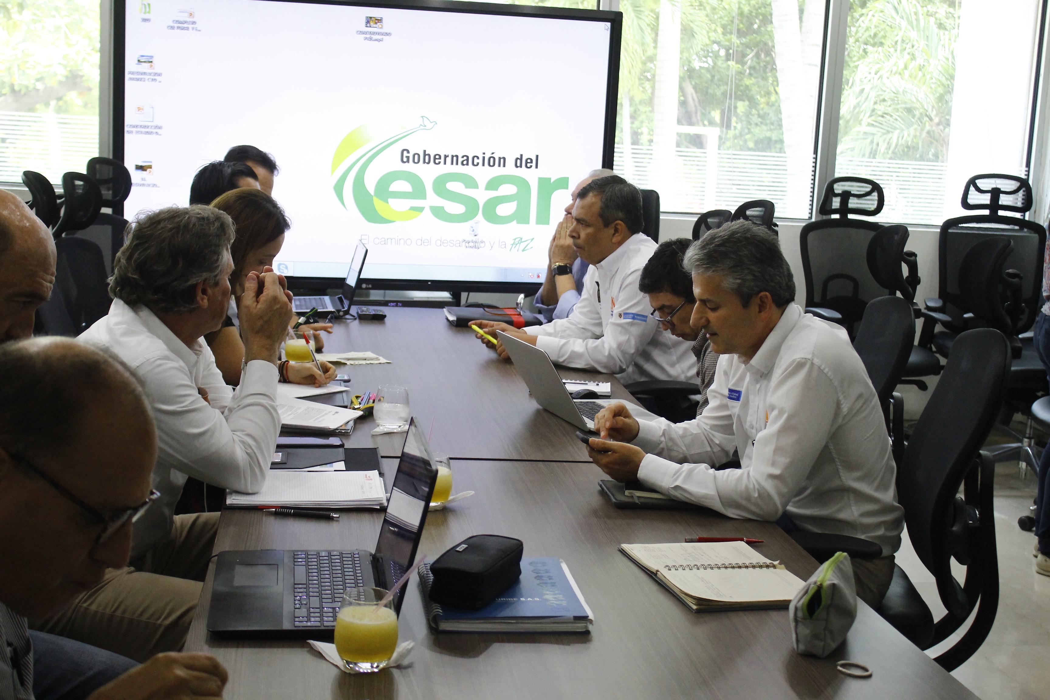 El vicepresidente ejecutivo de la Agencia Nacional de Infraestructura, ANI, Carlos Alberto García Montes, dio pormenores del Otro Sí o acuerdo que destrabaría la Ruta del Sol, sector 3.  Foto: Joaquín Ramírez.