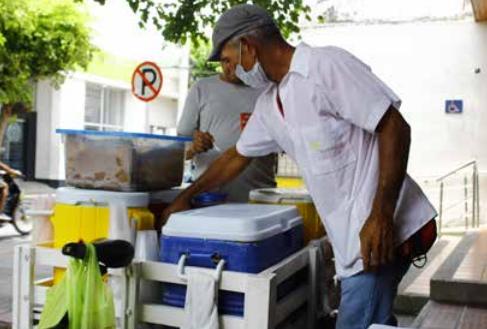 La informalidad en la ciudad es del 59 %, según el último resultado.  Foto: Joaquín Ramírez.