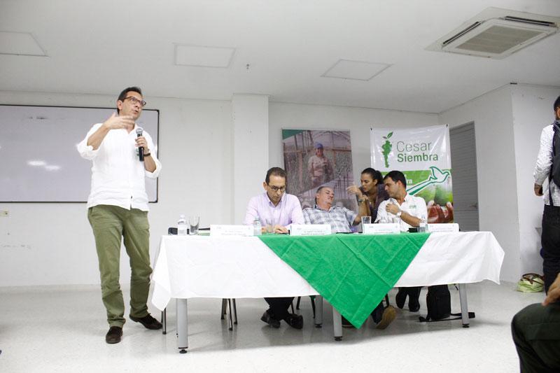 El convenio de ICR firmado por el gobernador, el ministro de Agricultura y Finagro le permite a los productores tener tasas de interés más bajas.