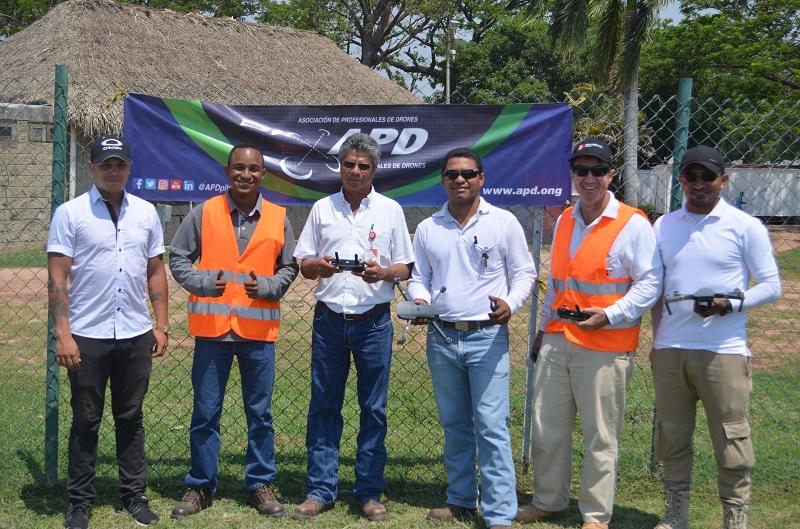 Drummond fue certificada en el uso de drones para generar información topográfica.  FOTO/CORTESÍA
