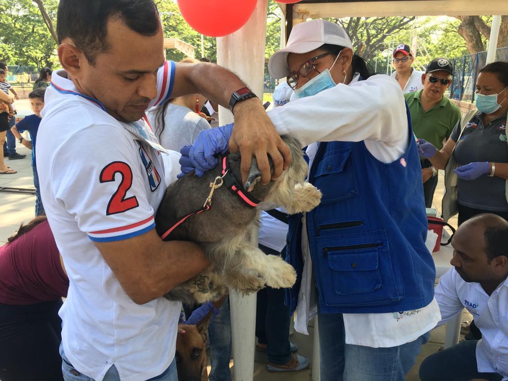En medio del evento se desarrollaron concursos y se entregaron premios para las mascotas.  FOTO: CORTESÍA