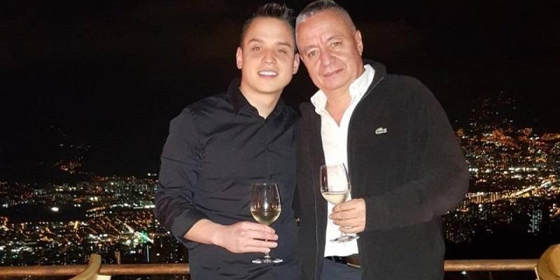 Mauricio Medina  su padre Mauricio Medina Castro fallecieron en un accidente aéreo en México.   FOTO: CORTESÍA.