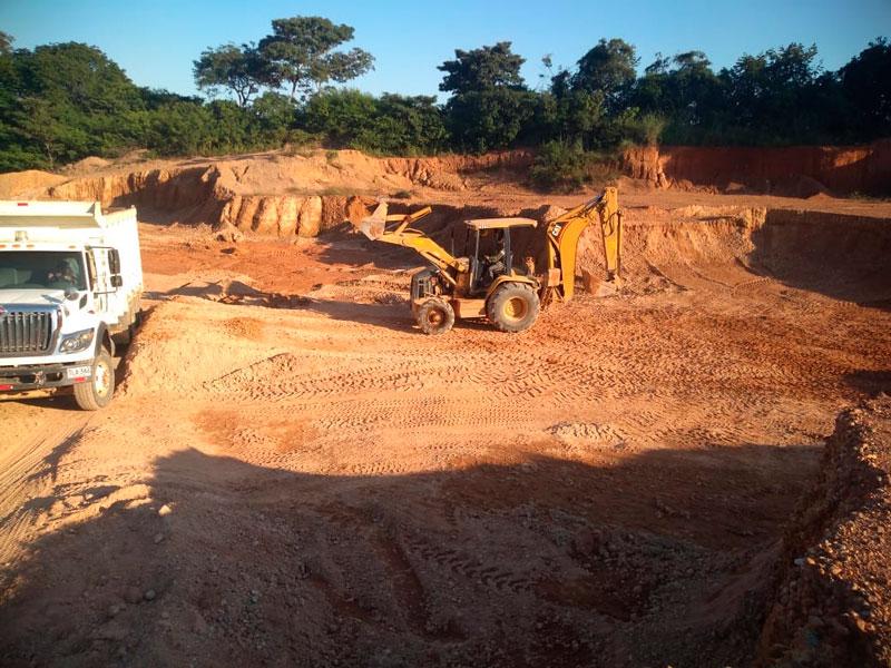 Corpocesar decomisa maquinarias dispuestas para minería ilegal.