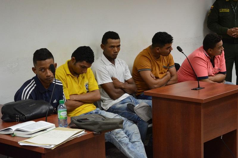 Los implicados fueron presentados ante el Juzgado Segundo Penal Municipal de Control de Garantías.   FOTO/JOAQUÍN RAMÍREZ.
