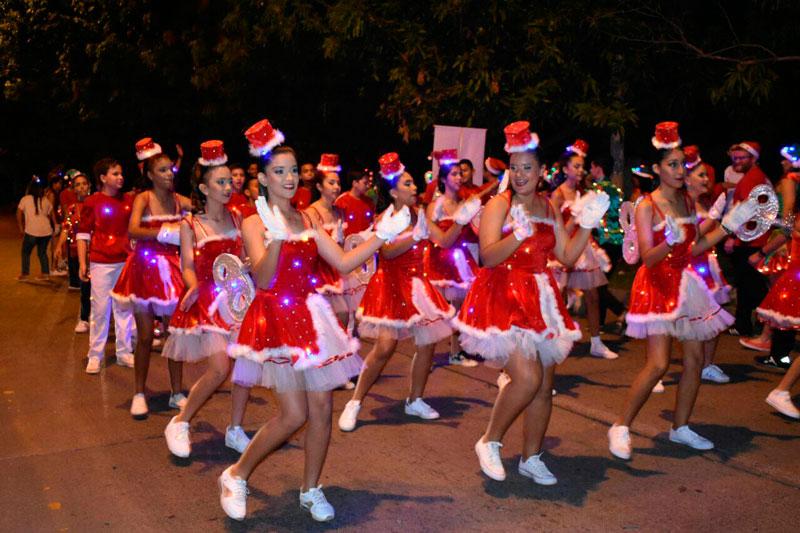 Desfile navideño para Valledupar - ElPilón.com.co