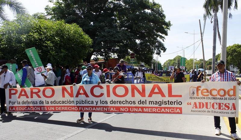 Las marchas del 21 de noviembre hacen parte de una campaña en contra de lo que sectores políticos han llamado el 'paquetazo de Duque'.   FOTO/ JOAQUÍN RAMÍREZ.