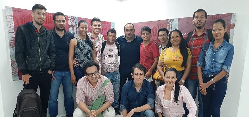 El guionista Héctor Forero, quien ha realizado series como  'Padres e Hijos', 'La Posada', 'Tabú' y 'Conjunto cerrado', dictó un taller a un grupo de cesarenses.  FOTO/CORTESÍA.
