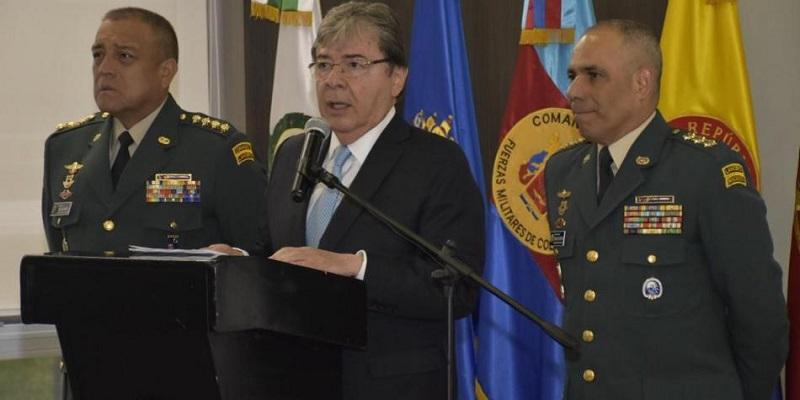 El ministro de Defensa Carlos Holmes durante la rueda de prensa.   FOTO/TWITTER MINISTERIO DE DEFENSA.