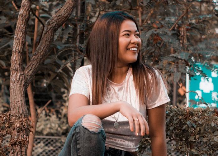 Liseth, nacida en La Gloria, Cesar ha representado al departamento en encuentros como el Reinado Nacional del Folclor, en Ibagué, Tolima.