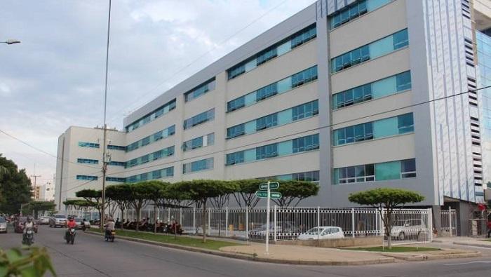 Los denunciantes esperan que esta clínica que cuenta con una de las mejores infraestructuras y equipos médicos de alto nivel pueda mejorar la atención médica prestada y el trato hacia los pacientes.