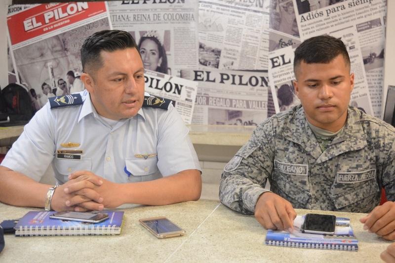 Cada año la FAC hace una convocatoria con el fin de darle oportunidades a los jóvenes colombianos.  FOTO/SERGIO PEÑA.