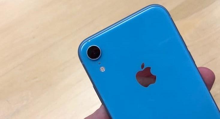 En la lista de los diez móviles más vendidos durante el 2019, el iPhone XR se llevó el primer lugar con un 3 % de cuota de mercado.