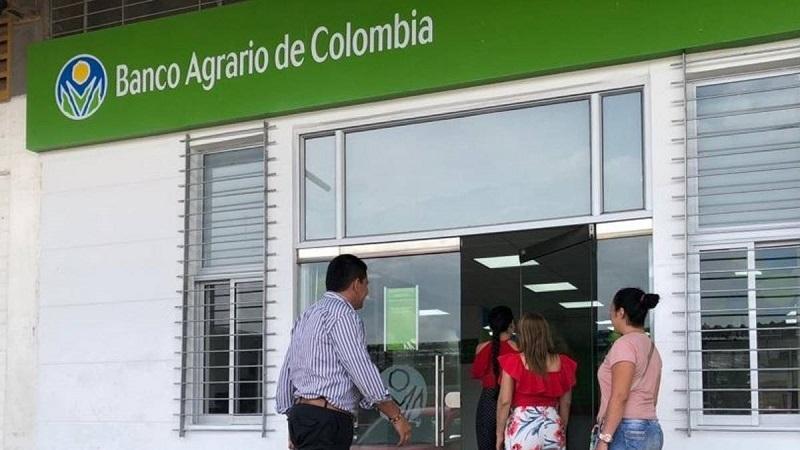 Los beneficiarios también pueden cobrar el giro en el Banco Agrario de sus ciudad.   FOTO/REFERENCIA.