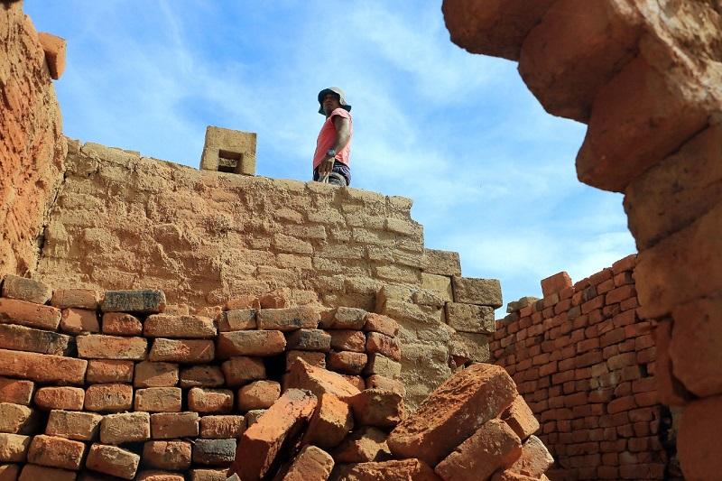 La humildad de los alfareros de Valledupar es proporcional a la difícil situación que viven por la ausencia de mercado.  FOTO/CORTESÍA.