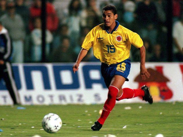 Víctor Danilo Pacheco como jugador fue un volante de juego y pases clínicos, su talento lo llevó a la Selección Colombia y al fútbol internacional.  FOTO/CORTESÍA.