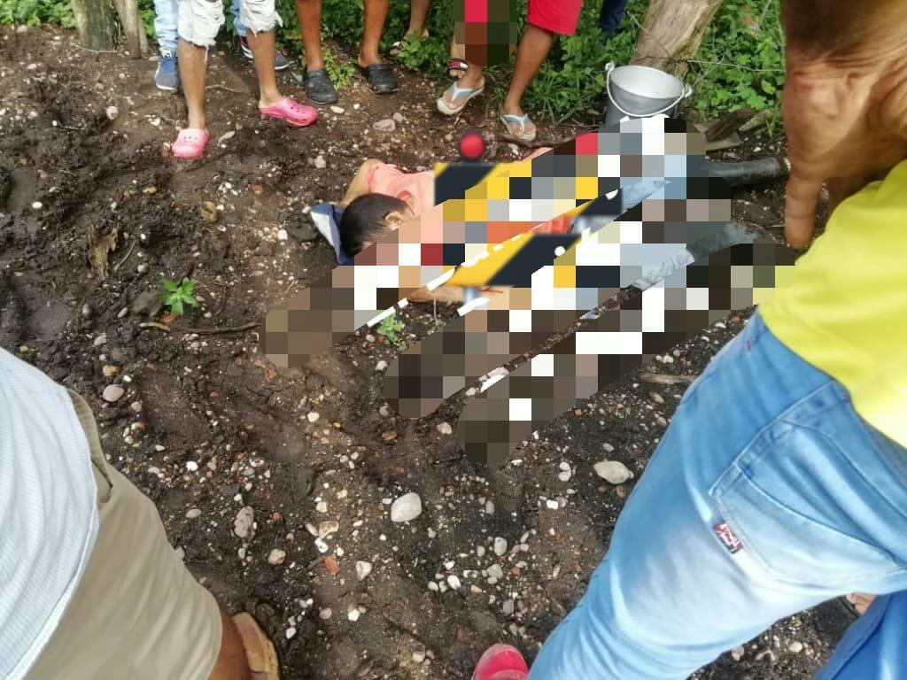 Kelvis Gutiérrez habría sido atacado por la espalda.