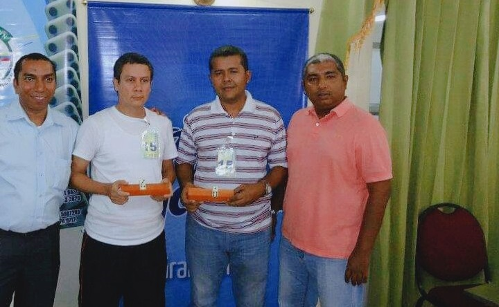 Jorge López (el segundo de izquierda a derecha) es uno de los dos colombianos que participan en el evento internacional.   FOTO/CORTESÍA.