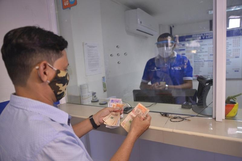 Los artistas, gestores y creadores culturales del Cesar, que se encuentran en estado de vulnerabilidad, empezaron a recibir el subsidio solidario dispuesto por los gobiernos nacional y departamental, para mitigar los efectos del coronavirus. Cortesía/EL PILÓN