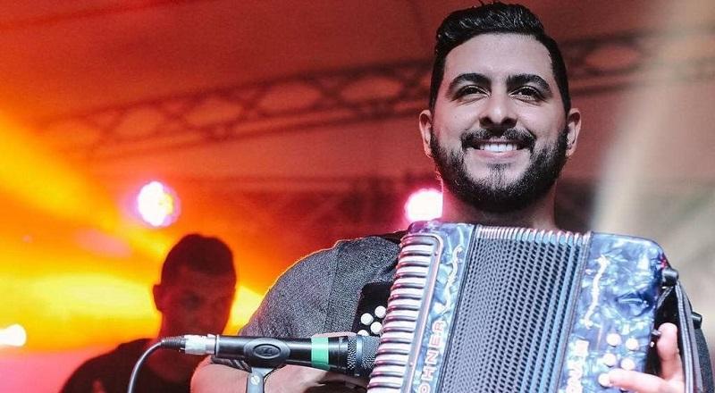 Luis Carlos Campillo, acordeonero de Kvrass.   FOTO/CORTESÍA.