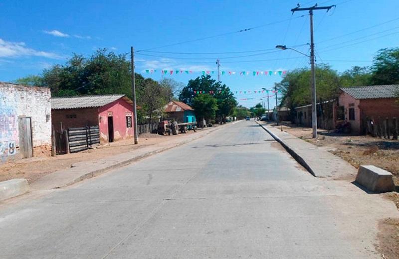Los habitantes de El Perro no salen a las calles y el agua tampoco llega a sus casas.  FOTO/CORTESÍA.