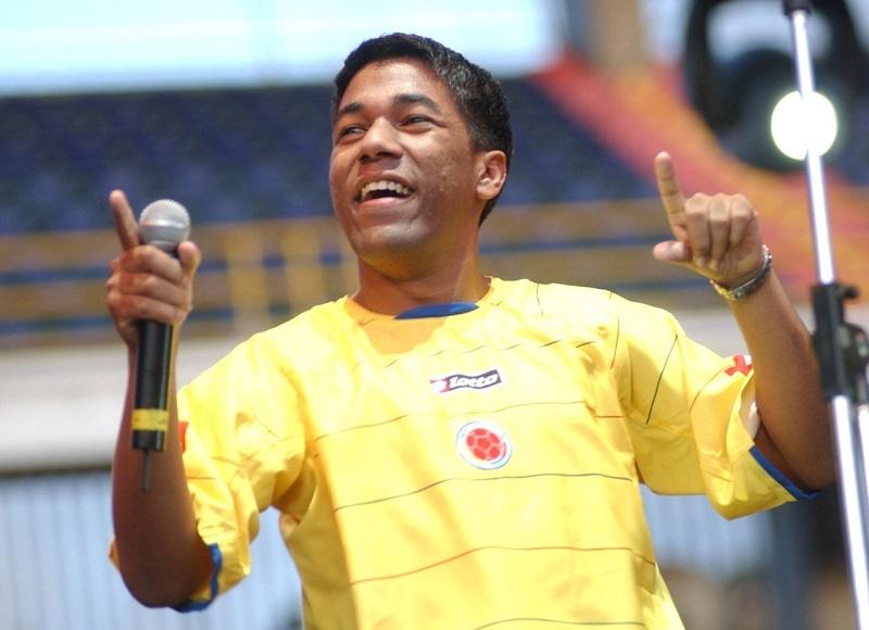 Kaleth Morales hizo vibrar el estadio 'El Campín' de Bogotá con su interpretación de 'Vivo en el limbo' en 2005. FOTO/CORTESÍA.