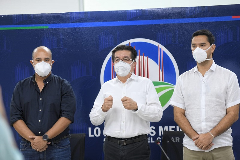 Desde Valledupar, el ministro de Salud y Protección Social, Fernando Ruiz Gómez, lideró el Puesto de Mando Unificado, PMU, para la atención de la covid-19.   Foto: Cortesía/EL PILÓN