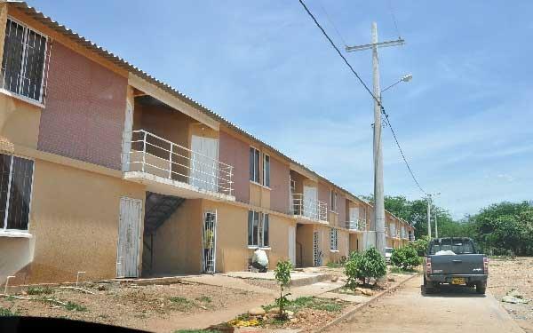 El Ministerio de Vivienda tiene como meta iniciar la construcción de viviendas este mes en el departamento.
