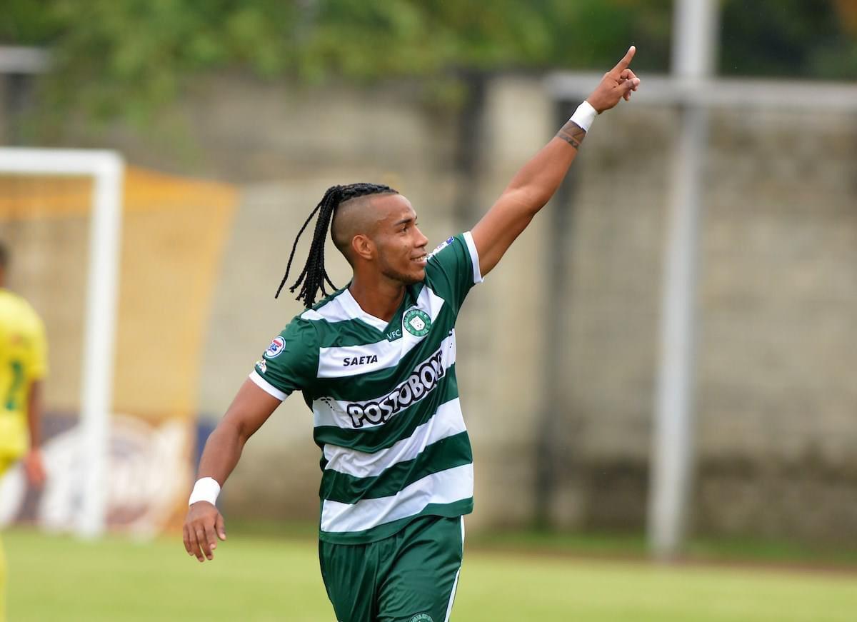 Aldayr Gutiérrez marcó su primer gol con la camiseta del Valledupar FC y abrió el camino del triunfo ante Leones FC.