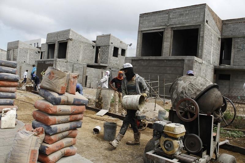 La construcción le ha dado una gran acogida a este cemento netamente vallenato del que diariamente se producen 9 mil bolsas.  FOTO/CORTESÍA.