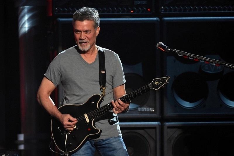 Eddie Van Halen,guitarrista.