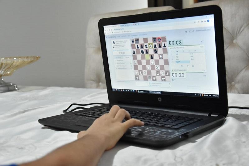 El ajedrez virtual se ha convertido en la modalidad que le permite a este deporte seguir vigente.