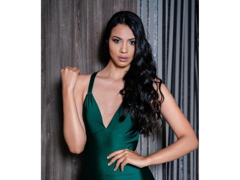Dayana Cárdenas presentó el casting en Medellín donde fue elegida como candidata por el Amazonas.     FOTO/Alejandro Pulido.