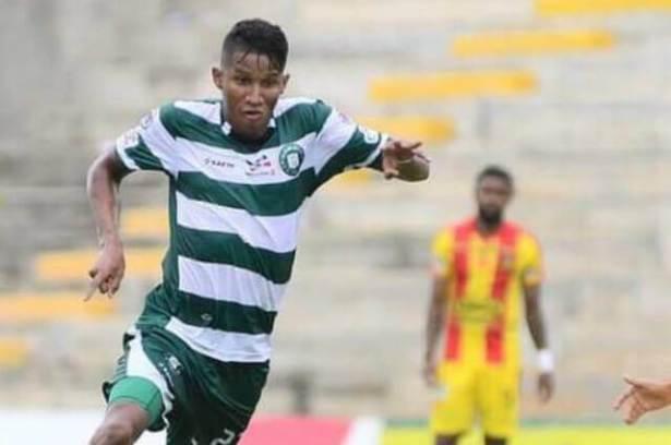 Alex Rambal es uno de los goleadores del Valledupar FC enfrentando a Tigres FC.  FOTO/CORTESÍA.